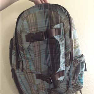 Great backpack so many pockets in mint condition